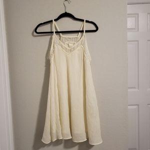 H&M Creme Dress